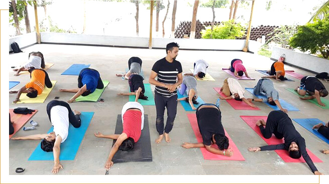 Well trained professional Yoga teachers and instructors at shri krishna wellness yoga and cultural center in malleshwaram, Bangalore