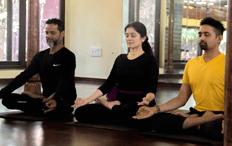 padamasana yoga meditation classe bangalore